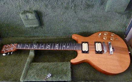 Very Rare 1977 Pack leader Walnut hand made electric guitar