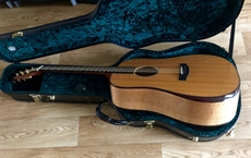 Used 2015 Terry Pack DBS, totally MINT, solid banglang and Sitka, a fantastic opportunity to save over £300.00