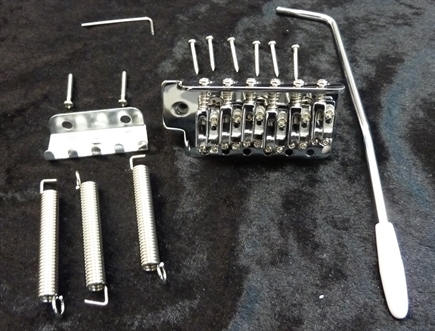 Chrome Strat tremolo assembly replacement