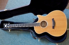 Excellent  2001 Taylor DDSM Doyle Dykes electric acoustic, blonde, LRBaggs piezo