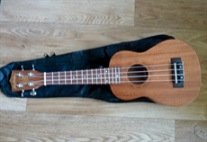 New Radiotone Luxe Soprano ukelele ,mahogany, sapele,  great opportunity for £39.95
